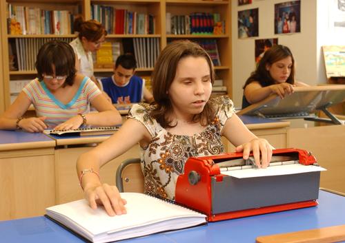 Reportaje Educación CRE Luis Braille